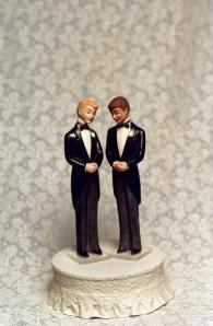 gay-cake-topper